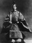 -Emperor_Hirohito_coronation_1928.jpg